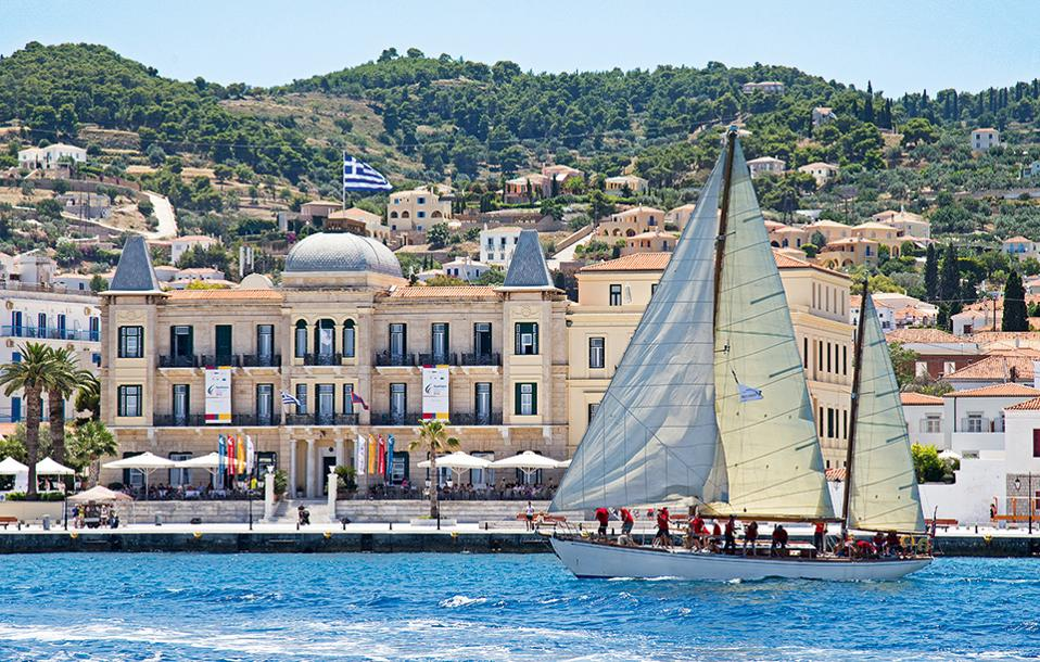 Private charter from Spetses to Eleftherios Venizelos Intl