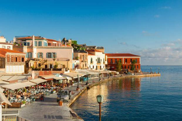 Private charter from Chania to Santorini